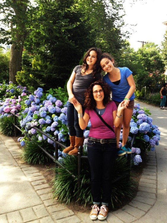 Freeman with her daughters in 2012. Photo by Rana Faure